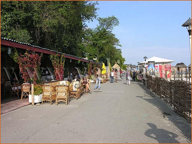 Массандровский пляж - отдых в Ялте