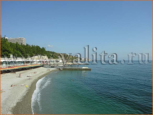 городской пляж - отдых в Ялте